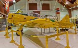 Texan 1943 AT-6D/SNJ-5 en el museo del aire de Pearson Imagen de archivo