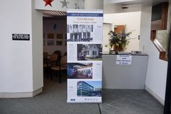 Texarkana得克萨斯接待中心展览 免版税库存照片