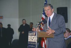 Texas Governor George W. Bush campaigns for the 2000 Republican presidential nomination in Londonderry, New Hampshire, before the  Stock Photo