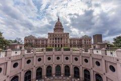 Texas huvudstadbyggnad i den molniga dagen, Austin Arkivfoton