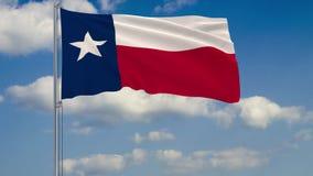 Texas State-Flagge im Wind gegen bewölkten Himmel lizenzfreie abbildung