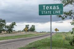 Texas statlig linje tecken nära Texola Royaltyfri Bild