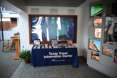 Texas Travel Information Center Desk arkivfoto