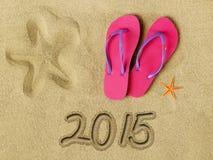 Text 2015 auf Sand Lizenzfreies Stockfoto