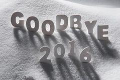 Text Auf Wiedersehen 2016 mit weißen Buchstaben im Schnee Lizenzfreie Stockbilder