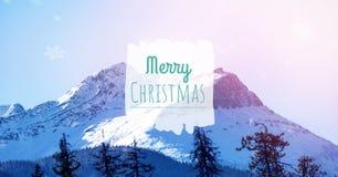 Text der frohen Weihnachten auf Schneehintergrund Stockbilder