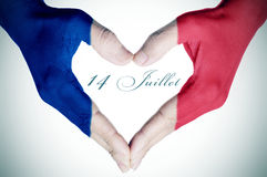 Text 14 juillet, 14. von Juli auf französisch, der Nationaltag von Fra Stockfoto