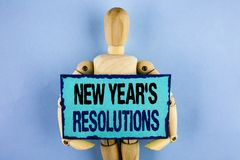 Text sign showing New Year'S Resolutions. Conceptual photo Goals Objectives Targets Decisions for next 365 days written on Sticky. Text sign showing New Year'S Royalty Free Stock Images
