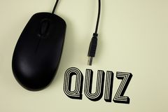 Text sign showing Quiz. Conceptual photo Short Tests Evaluation Examination to quantify your knowledge written on Plain background. Text sign showing Quiz Royalty Free Stock Image