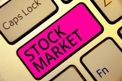 Text sign showing Stock Market. Conceptual photo Particular market where stocks and bonds are traded or exhange Keyboard pink key royalty free stock photography