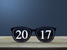 texte 2017 avec des verres d'oeil Images stock