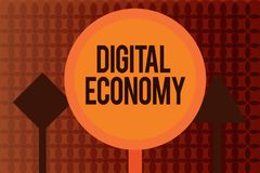 Texte d'écriture écrivant l'économie de Digital La signification de concept se rapporte à un qui est basé sur des technologies in illustration stock