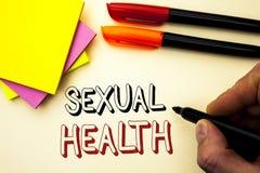 Texte d'écriture écrivant la santé sexuelle Concept signifiant le soin sain de sexe d'habitudes de protection d'utilisation de pr Image stock