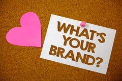 Texte d'écriture ce qui est votre question de marque Signification de concept s'enquérant du bro de rose d'amour de slogan ou de  Images stock