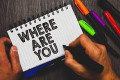 Texte d'écriture de Word où êtes vous Concept d'affaires pour Give nous votre point de direction d'adresse d'emplacement de stylo photo libre de droits