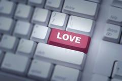 Texte d'amour sur le bouton rouge de clavier Photo libre de droits