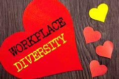 Texte d'annonce d'écriture montrant la diversité de lieu de travail Concept signifiant le concept global de culture d'entreprise  Photographie stock libre de droits
