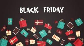 Texte de Black Friday sur le fond avec grand concept de bannière de remise de vacances de différents boîte-cadeau illustration stock