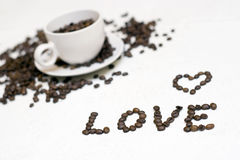 Texte de cuvette de café - « amour » Photos stock