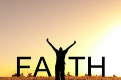 Texte de foi avec célébrer l'homme image stock