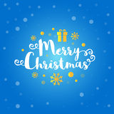 Texte de Joyeux Noël avec les flocons de neige d'or, actuels sur le fond bleu profond Illustration de vecteur Photographie stock libre de droits