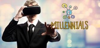 Texte de Millennials avec l'homme d'affaires utilisant une réalité virtuelle photo libre de droits
