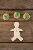 Texte de papa écrit sur des biscuits avec le pain d'épice Image libre de droits
