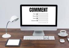 Texte et graphique de commentaire sur l'écran d'ordinateur Photographie stock