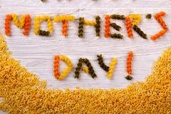 Texte formé par pâtes de jour du ` s de mère Photo stock