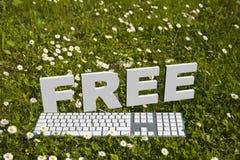 Texte libre et keyborad dans le jardin Image stock