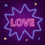 Texte rougeoyant au néon d'amour Rose rouge Images stock
