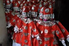 Textiles faits main à vendre sur le marché rural de la PA de SA, Vietnam Photographie stock libre de droits