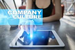 Texto da cultura de empresa na tela virtual Conceito do negócio, da tecnologia e do Internet imagem de stock royalty free
