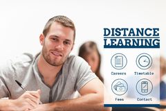Texto da educação e do ensino à distância e ícones e assento do homem Imagens de Stock Royalty Free