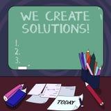 Texto da escrita nós criamos soluções Maneira do significado do conceito de resolver o problema ou o negócio com a situação difíc ilustração royalty free