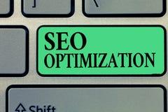 Texto da escrita que escreve Seo Optimization Processo do significado do conceito de afetar a visibilidade em linha do Web site o fotografia de stock royalty free