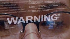 Texto de advertência no programador de software fêmea filme