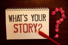 Texto de la escritura cuál es su pregunta de la historia El significado del concepto conecta comunica stru de papel rojizo de las fotografía de archivo libre de regalías