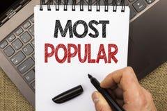 Texto de la escritura de la palabra más popular Concepto del negocio para el producto o el artista preferido 1r del bestseller su Fotografía de archivo