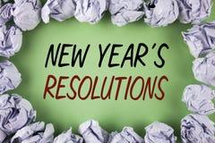 Texto de la escritura que escribe el Año Nuevo \ 'resoluciones de S Los objetivos de las metas del significado del concepto apunt Fotos de archivo libres de regalías