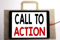 Texto del aviso de la escritura que muestra llamada a la acción Concepto del negocio para la meta dinámica del éxito escrita en e Foto de archivo