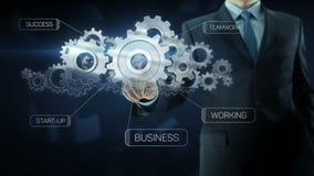Texto del concepto del trabajo del equipo del engranaje del éxito del hombre de negocios almacen de metraje de vídeo