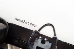 Texto del hoja informativa en la máquina de escribir retra Imágenes de archivo libres de regalías