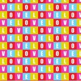 Texto do amor no fundo quadrado do teste padrão da forma Fotos de Stock