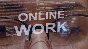 Texto em linha do trabalho no fundo do colaborador fêmea filme