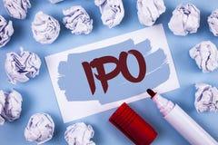 Texto Ipo de la escritura La acción de la primera vez de la oferta pública inicial del significado del concepto de la compañía se Foto de archivo