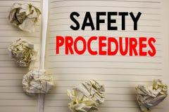 Texto manuscrito que muestra procedimientos de seguridad Escritura del concepto del negocio para la política del riesgo de accide Fotografía de archivo