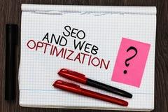 Texto Seo And Web Optimization de la escritura de la palabra El concepto del negocio para las estrategias de marketing de Keyword foto de archivo libre de regalías
