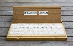 Texto: Sprachen lernen Fotos de archivo libres de regalías