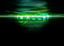 Texto verde que brilla intensamente en el horizonte para el ambiente Fotografía de archivo libre de regalías